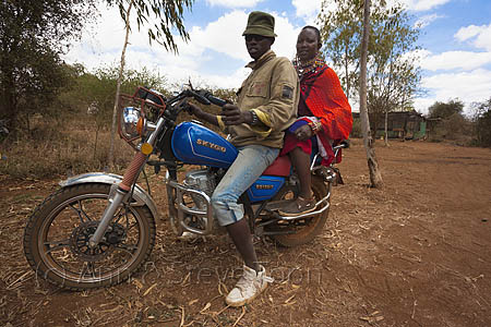 ACP18 Maasai couple arriving at Predator Compensation Fund Pay D