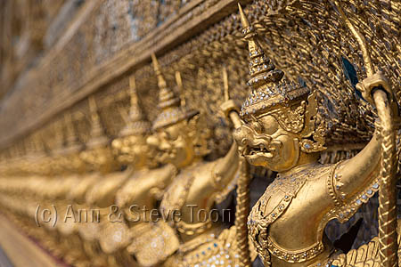 RLB12 Gold statues, Wat Phra Kaew compound, Grand Palace, Bangko