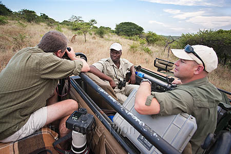 Steve Toon photographing cheetah, Phinda game reserve