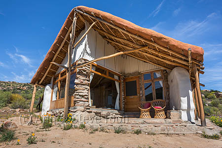Straw bale eco-hut, Oudrif, Cederberg mountains, Western Cape, South Africa, August 2015