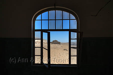 Window, Kolmanskop ghost town